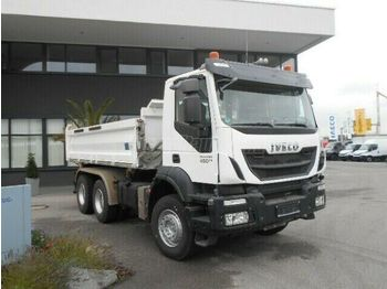 شاحنة قلاب IVECO Trakker 450 6x4 3 old. Billencs Bordmatic