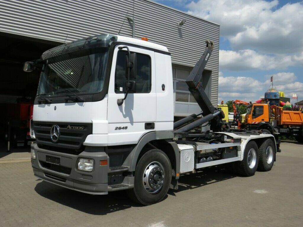 شاحنة برافعة خطافية Mercedes-Benz Actros 2648 6x4 Abrollkipper — 3785373