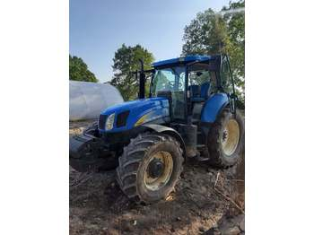 جرار بعجل New Holland T6080