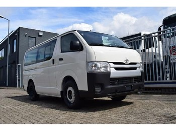Toyota HiAce LOW ROOF - حافلة صغيرة