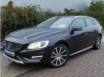 سيارة Volvo V60 D6 TWIN ENGINE hybrid summum